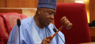 Senate in rowdy session as Saraki refuses to recognise Akpabio