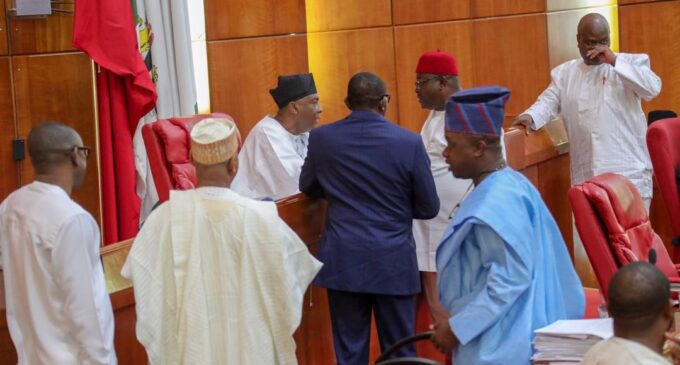 APC senators ignore party's directives, seek reconciliation with Saraki
