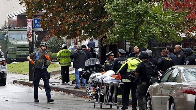 At least four dead in shooting at Pittsburgh synagogue