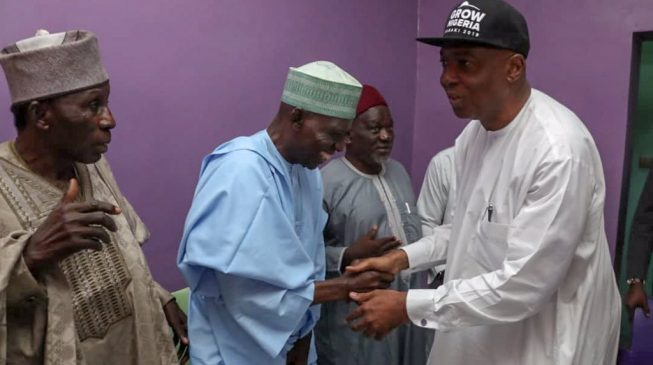 PDP convention: Saraki holds final consultation with lawmakers, David Mark seeks OBJ's endorsement