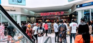 Shoprite owners to sell Nigerian stake as sales plunge