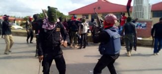 Police officers protest lack of accommodation in Imo