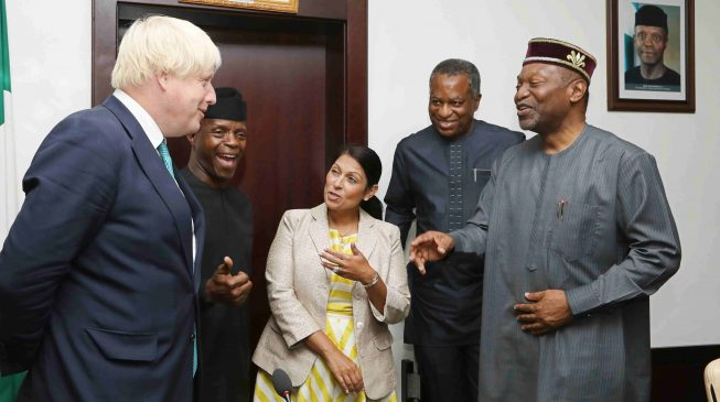 'Why you should NOT invest in Nigeria' — ex-UK secretary of state writes investors