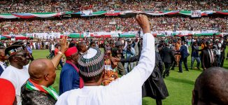 Buhari charges his supporters to redouble their efforts