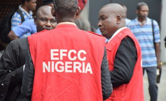EFCC arrests train ticket racketeers in Abuja, Kaduna