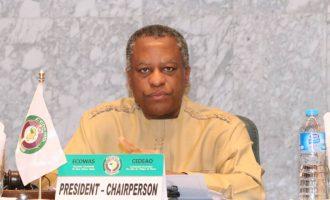 200 US-based Nigerians willing to be evacuated, saysOnyeama