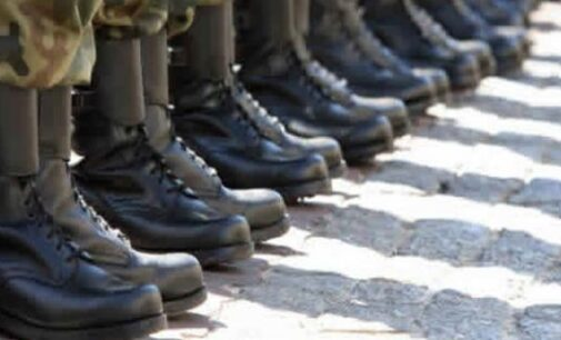 Army 'kills 22 insurgents but loses five' soldiers