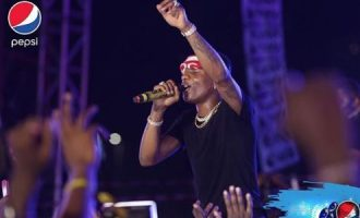I love all my sons equally, says Wizkid at 'Made in Lagos' concert