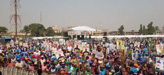 Journalists shot, MC Oluomo stabbed as 'thugs' disrupt Lagos APC rally (updated)