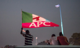 APC chairman resigns in Ondo, joins PDP