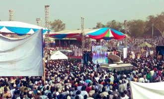 PHOTOS: Buhari pulls massive crowd in Adamawa — and Atiku 'fights back' in Katsina