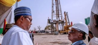 Oil revenue threatened as Nigeria's largest buyer signs new deal for US shale