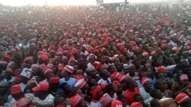 VIDEO: Atiku pulls massive crowd in Kano