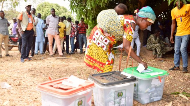 Nigeria waits for complete election results