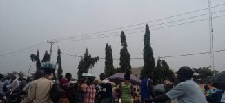 PHOTOS: Benue residents make last-minute shopping on election eve