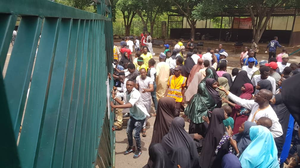 Shiite - Shi'ite Protesters Break Into National Assembly Complex, Force House To Adjourn Plenary