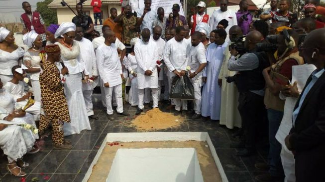 EXTRA: Anambra assembly passes bill to reduce cost of burial