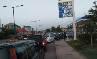 Traffic builds up as long queues return to Lagos fuel stations