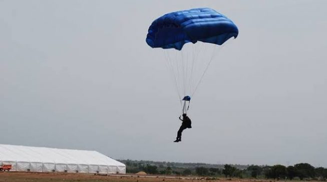 Air force loses airman in parachuting accident