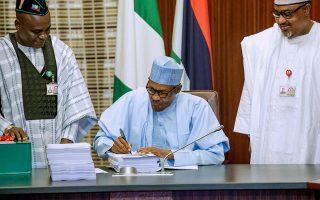 Buhari signs budget 2019