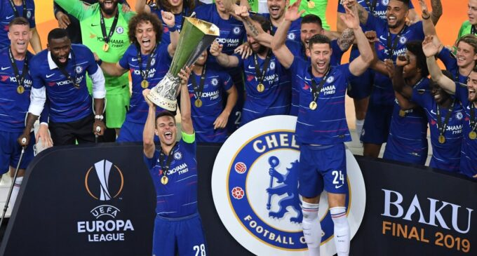 Chelsea unleash Hazard on Arsenal to win Sarri's first managerial trophy
