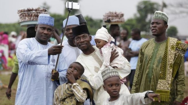 Eid-Fitri: FG declares Tuesday, Wednesday public holidays