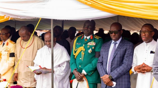 Gowon slumps at Ejoor's burial ceremony