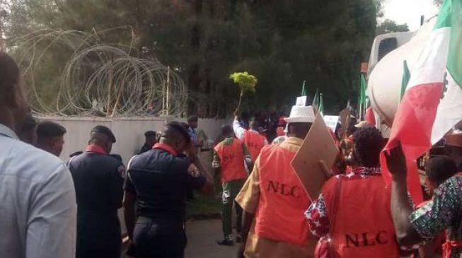 How 'thugs' attacked protesters at Ngige's residence