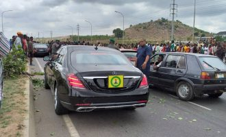 Angry villagers block Osinbajo's convoy in Abuja