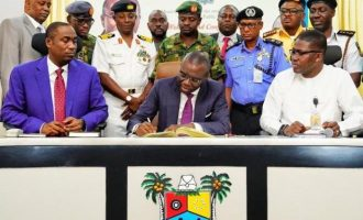 Sanwo-Olu signs executive order on refuse, traffic management