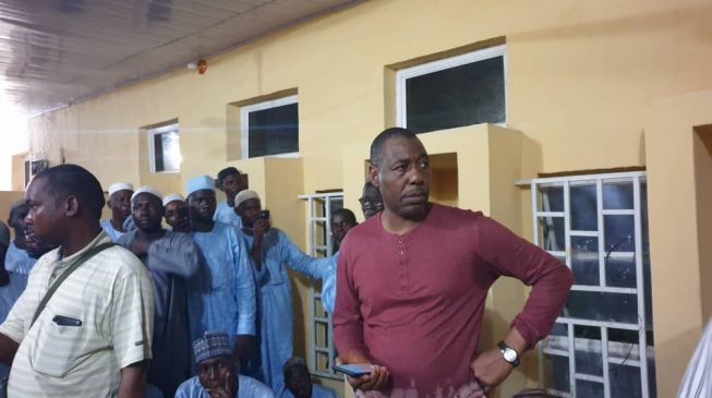 Borno gov inspects hospital at midnight, meets no doctor on duty