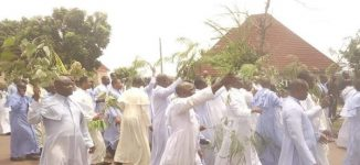 JUST IN: Catholic priests hit Enugu streets to protest 'attacks by herdsmen'