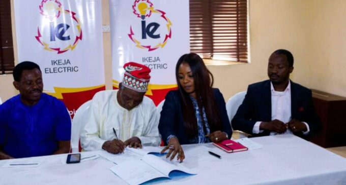 Magodo residents enjoy 24/7 electricity after signing premium power deal with Ikeja Electric