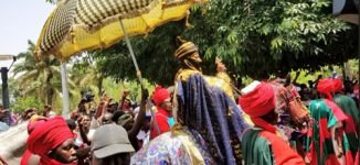 Ganduje bars district heads from Sanusi's durbar