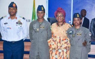 Air force decorates female combatant pilots