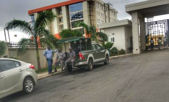 Customs besieges five-star hotel in Abuja, seizes 'smuggled cars'