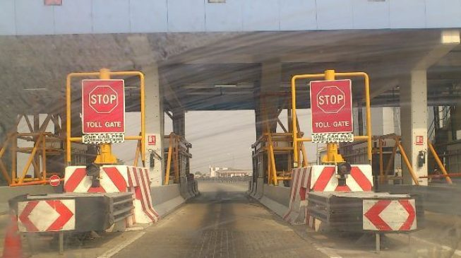 FG to reintroduce toll gates scrapped by Obasanjo
