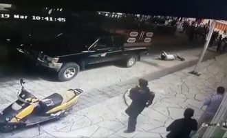 Mexican mayor dragged through streets over 'failure to fulfil campaign promises'