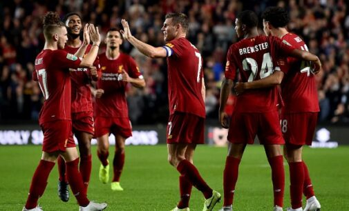Liverpool win ten-goal thriller on penalty as Man United beat Chelsea