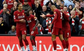 Mane stars as last-gasp penalty ensures Liverpool maintain winning run