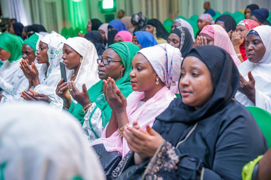 Aisha Buhari prayer session4.
