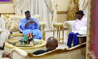 PHOTOS: Jonathan hosts APC governors in Otuoke