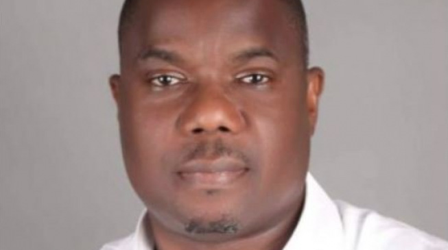 EXTRA: Ondo lawmaker appoints 60 aides 'for their contributions to his victory'
