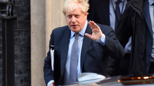 Boris Johnson puts UK on lockdown, restricts gatherings to two people