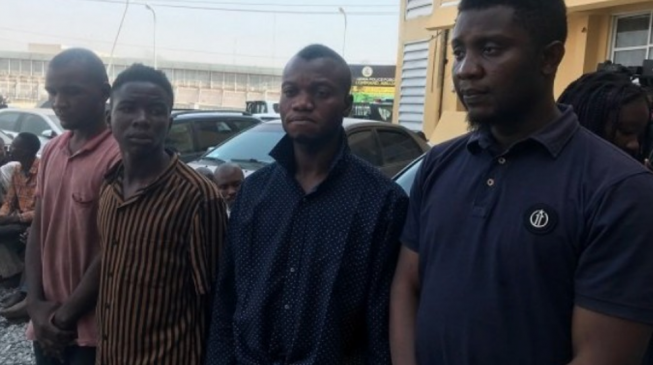 https://f5p3e9e4.stackpathcdn.com/wp-content/uploads/2019/12/Abuja-Bank-robbers2-653x365.png