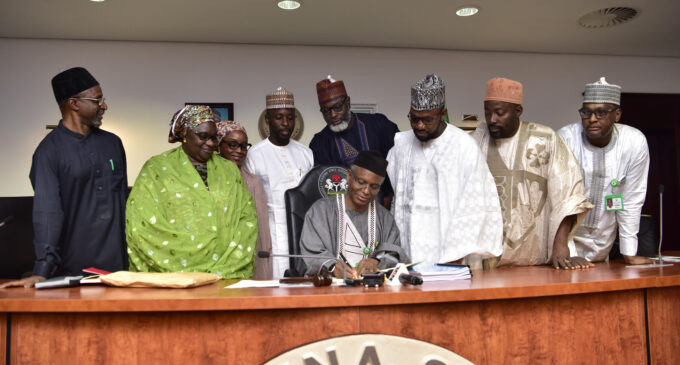 El-Rufai signs N259bn budget for 2020 into law