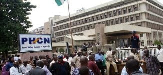 Unpaid benefits, half salaries… demands of electricity union workers who went on strike