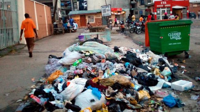 Lagos prosecutes nine environmental offenders, nabs fake officer