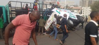 Many injured as truck conveying PDP protesters crashes