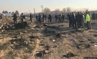 US officials: Iran mistakenly shot the plane that crashed on Wednesday
